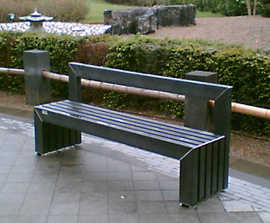 Boulevard - recycled plastic seat