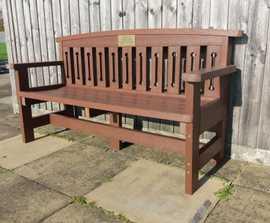 Hertford - recycled plastic bench