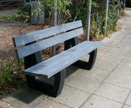 Bonn - recycled plastic seat