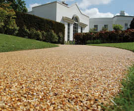 Clearbound® porous resin bound footpath surfacing