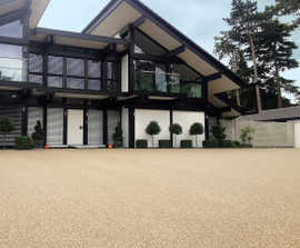 Clearbound® permeable resin bound driveway surfacing
