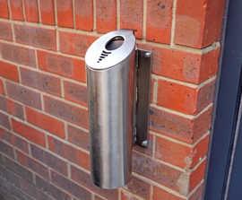 Wall-mounted cigarette bin