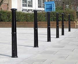 Brunel cast iron bollard