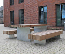 Fordham picnic table and benches