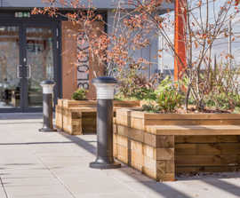 WoodblocX bench planters for Staniforth House