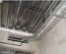 BeamClamp® Uni-Wedge® decking fixing