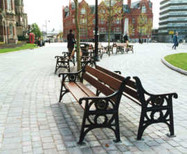 ASF 502 traditional cast iron and timber seat