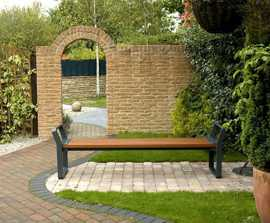 Cerro hardwood bench with cast aluminium frame