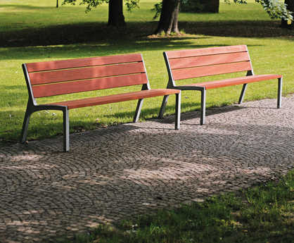 Miela cast aluminium park bench with wooden slats
