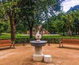 Diva benches for Cassiobury Park