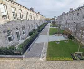Mitchell & Ass. Specify Tobermore Paving at Clancy Quay