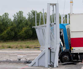 SG1100CR high-security sliding armoured vehicle gate