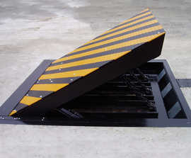 Avon RB880CR K4 Defender shallow road blocker