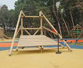 Level ground double aerial zip wire cableway 20m
