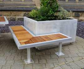 Campus aluminium-framed bench with timber slats