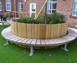 Swithland circular planter with integral bench
