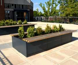 Aluminium planters with benches - Newman University