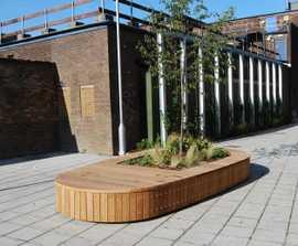 Swithland Island planter bench