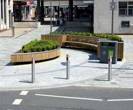 Planters with integrated benches - Hemel Hempstead