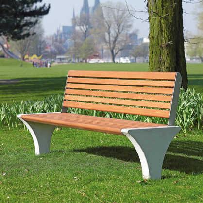 Sedes Seat