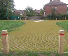 Permeable grass access road using TRUCKPAVE