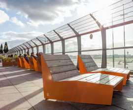 BLOC sun benches, BERG picnic benches - Hamburg Airport
