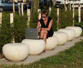 Cloud circular cast stone seat