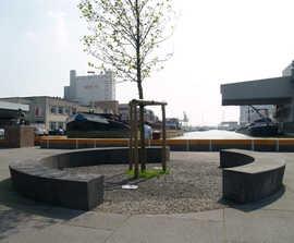 Circular architectural precast tree seat