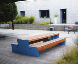 Blocq Park Picnic Table and Benches