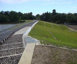 Grasscrete GC2 aids flood alleviation, Tilgate Dam