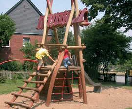 Play Tower Twiete