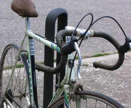 Sammy bike rack by Santa & Cole Urbidermis