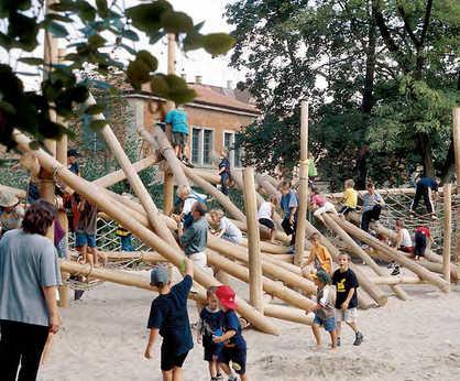 Richter Spielgeräte wood climbing structures