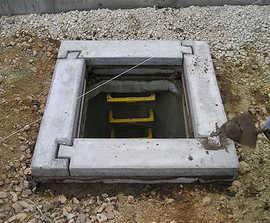 Precast concrete manhole seating rings